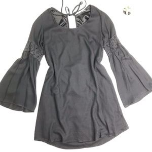[Lulu's] Black Bell Sleeve Mini Dress Size Medium